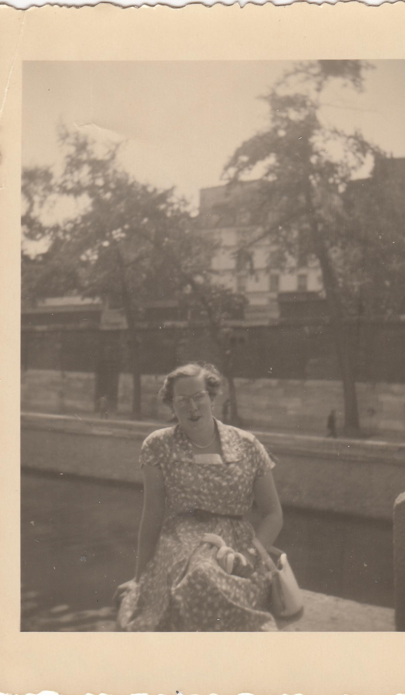 JanetOnTheStepsOfBridgeParisAugust1955.jpg